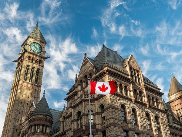 چگونه به کانادا مهاجرت نموده و ویزا بگیریم؟