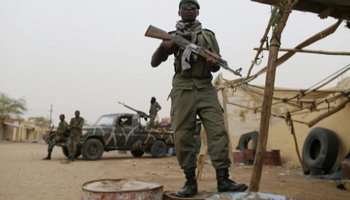 خبرنگاران 20 نظامی در حمله عناصر مسلح به پادگانی در مالی کشته شدند