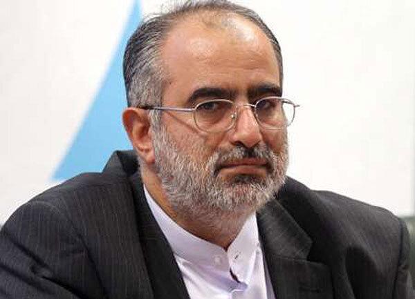 مشاور روحانی: کرونا در هر 10 دقیقه جان یک ایرانی را گرفته است ، هیچ چیز عادی نشده است