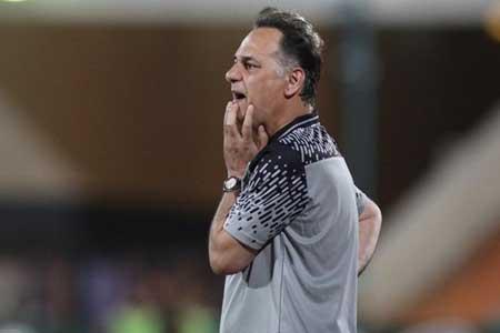 شرایط یکی از بازیکنان کرونایی استقلال بحرانی است ، بازیکنان می ترسند به ما نزدیک شوند!