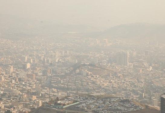 هوای تهران برای گروه های حساس جامعه آلوده می گردد