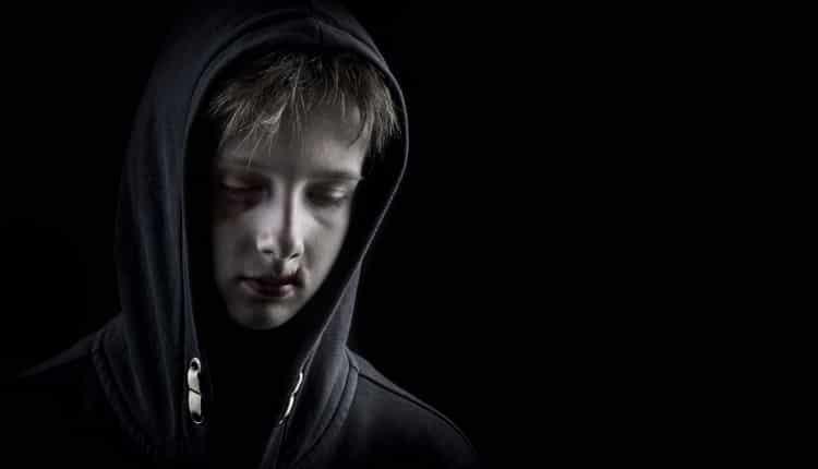 مفهوم و علت احساس گناه در کودک چیست و چگونه می توان با آن مقابله کرد؟
