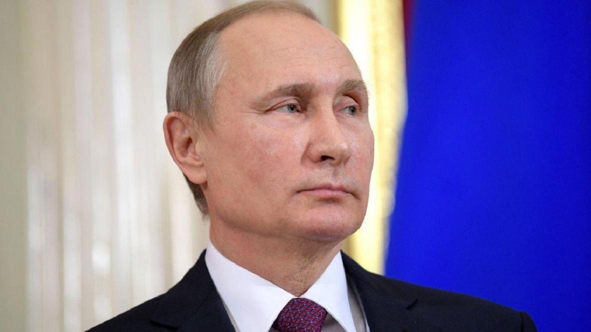 پوتین به نخست وزیر جدید ژاپن تبریک گفت