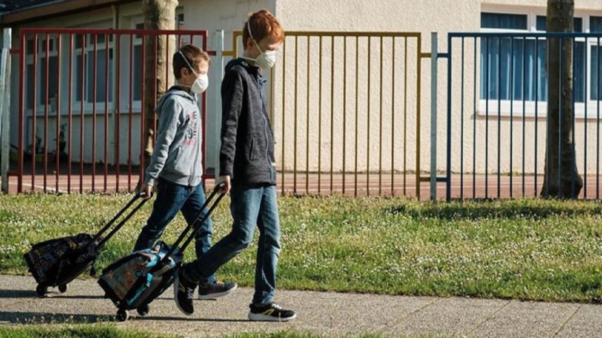 دانش آموزان خارجی در شرایط کرونا چطور به مدرسه می فرایند؟
