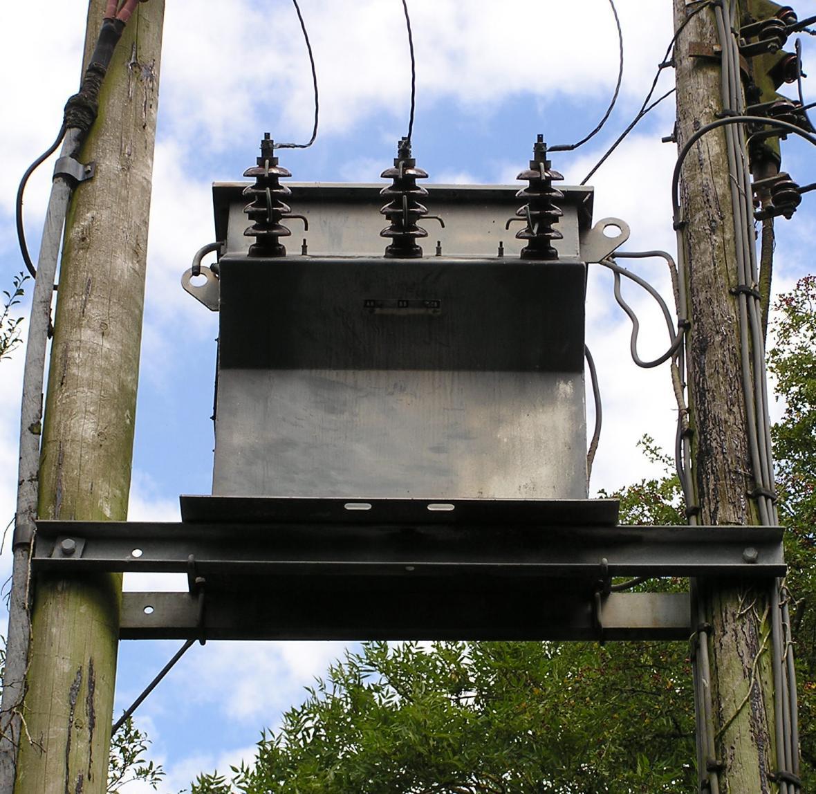 از کار افتادن 5 ترانس برق در خرمشهر