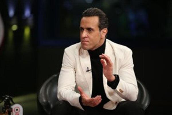 علی کریمی از حضور در تلویزیون انصراف داد، این برنامه نمایشی است!