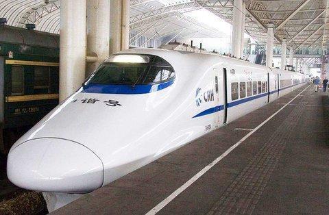 شبکه قطارهای سریع السیر کشور را گسترش می دهیم